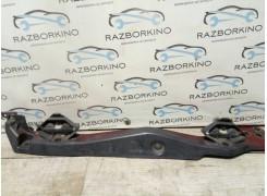 Кронштейн крыла переднего правый Renault Laguna III 901260001R