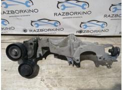 Кронштейн генератора Renault Laguna 3 (Рено Лагуна 3)
