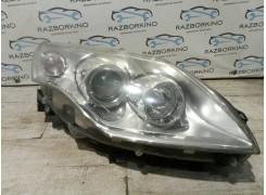 Фара правая Renault Laguna III 260100032r
