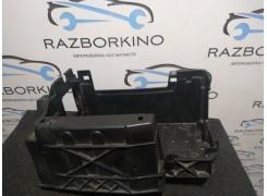 Подставка корпус аккумулятора RENAULT LAGUNA III 244460009R