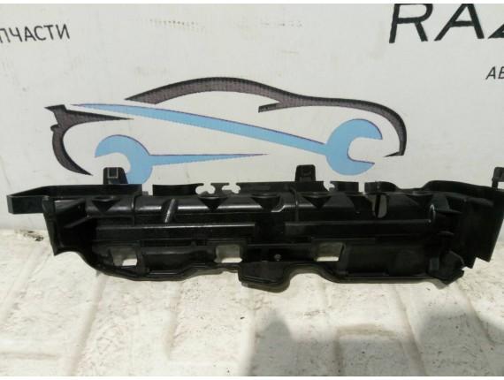 Накладка двигателя декоративная Renault Megane III 1.9 dci 8200527247