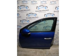 Дверь передняя левая Renault Megane III