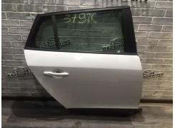 Дверь задняя правая (универсал) Renault Megane 3 (Меган 3)