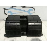Крышка моторчика (вентилятора) печки Renault Megane III t1001188g