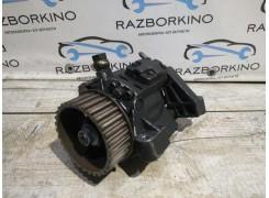 Топливный насос высокого давления Renault Megane III 1.5 DCI 8200821184