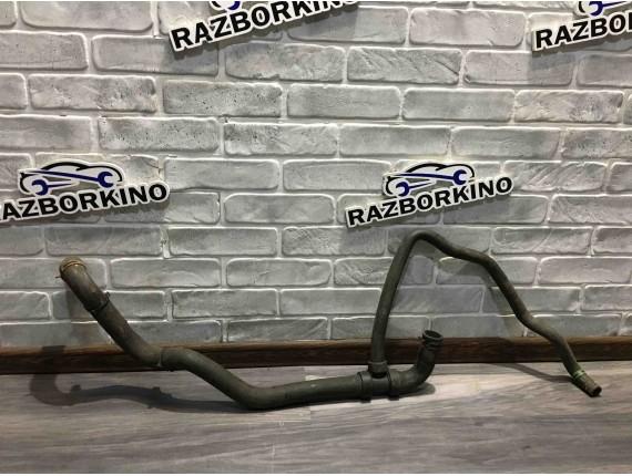 Патрубок системы охлаждения Renault Scenic 3\III