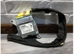 Блок управления AirBag сенсор 8200469203 Renault Trafic