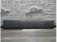 Накладка кузова 8200036081 Renault Trafic